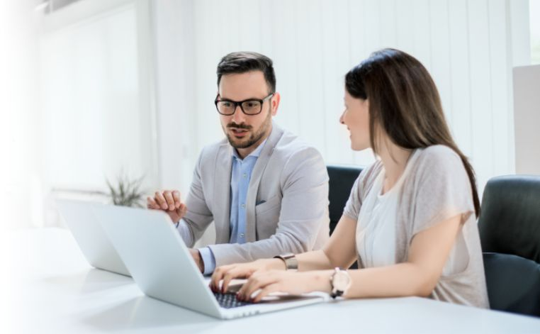 Expert partners at work for you